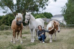 Sophie, Jager son chien et ses 3 chevaux