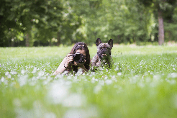 juliette photographe et son bouledogue francais